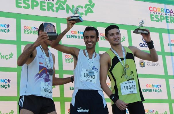 Campeão da Corrida Esperança venceu prova no dia do Aniversário (Foto: Bruno Teixeira/ EPTV)