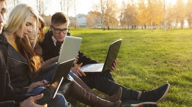 jovens_computadores_jovem (Foto: Thinkstock)