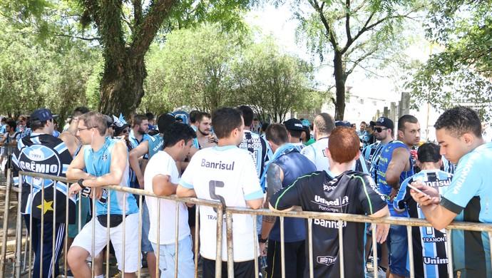 gre-nal 408 Internacional x Grêmio Inter Grêmio concentração gremistas torcida Grêmio (Foto: Eduardo Moura/GloboEsporte.com)
