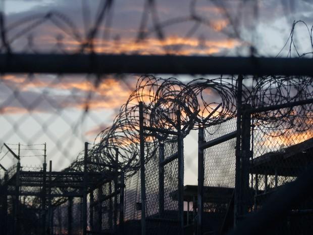 Fechamento da prisão de Guantánamo é promessa de campanha do presidente dos Estados Unidos, Barack Obama  (Foto: Charles Dharapak/AP)