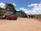 Moradores protestam durante a visita do ministro da Integração a Santarém