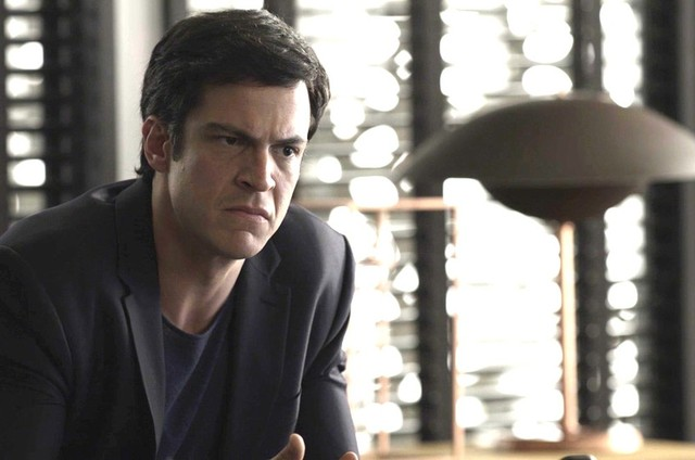 Mateus Solano interpreta Eric (Foto: Tv Globo)