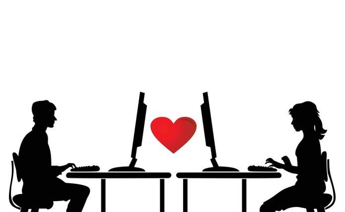 Siga as dicas para ter um relacionamento virtual com segurança (Foto: Pond5)