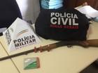 Casal em Lima Duarte é preso com pássaro silvestre e arma de fogo