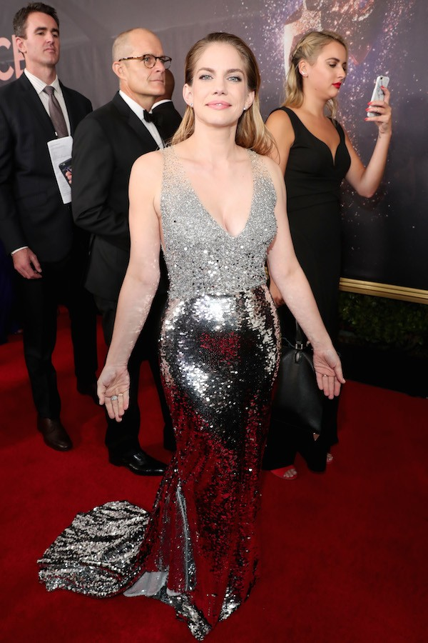 A atriz Anna Chlumsky no Emmy 2017 (Foto: Getty Images)
