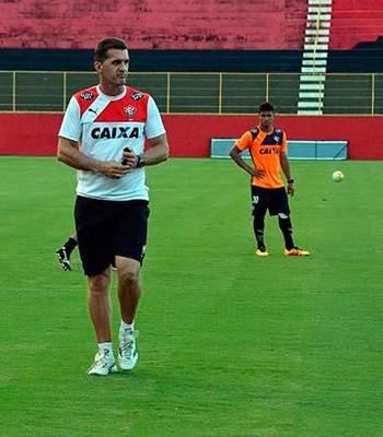 Treino do Vitória; Vagner Mancini (Foto: Divulgação/EC Vitória)