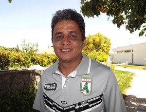 Reginaldo Sousa, técnico do Sousa (Foto: Divulgação)