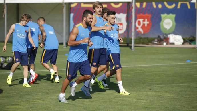 Arda Turan Barcelona (Foto: Reprodução / Site Oficial)