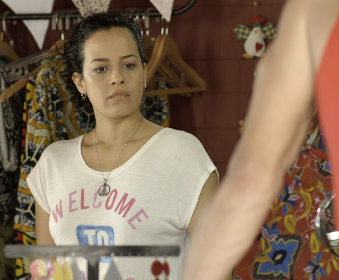 Domingas ainda escuta desaforos do marido (Foto: TV Globo)
