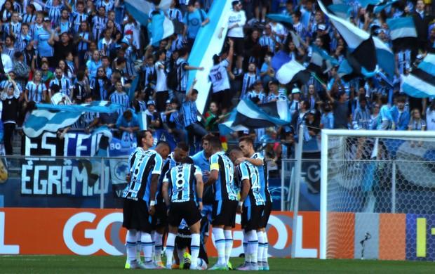 Grupo do Grêmio teve sete ausência para jogo com Goiás