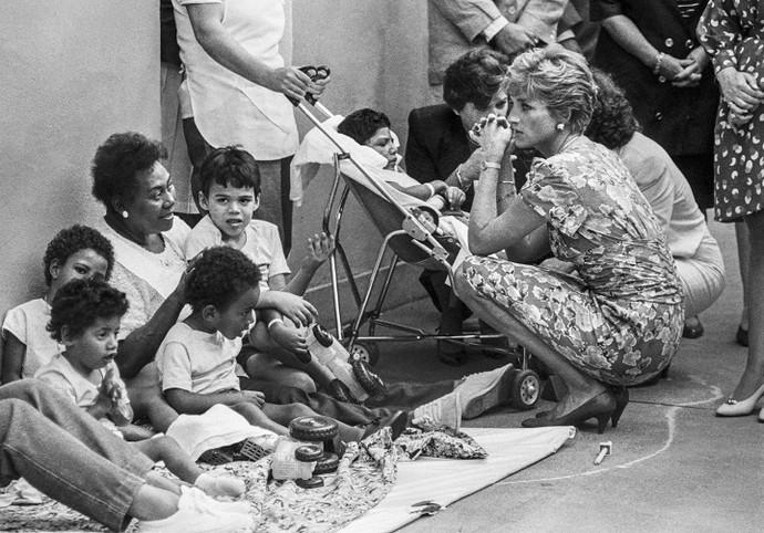 Princesa Diana na FEBEM, em São Paulo (1991) (Foto: Evandro Teixeira)