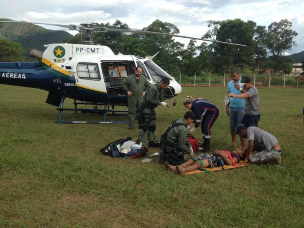Helicóptero do Ciopaer fez resgate do ferido por descaga elétrica em MT (Foto: Divulgação)