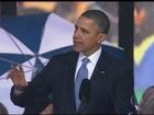 Barack Obama cumprimenta Raul Castro em homenagem a Mandela