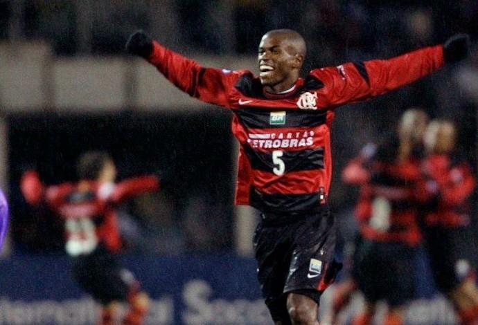 Paulinho Jaú, volante ex-Flamengo, 2007 (Foto: Reprodução/Facebook)