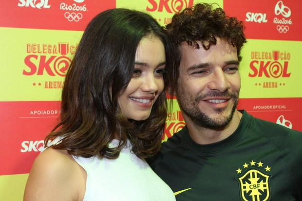 Sophie Charlotte com Daniel Oliveira  (Foto: Marcello Sá Barretto / AgNews)