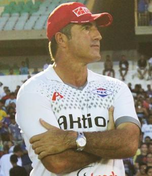 Paulo Moroni, treinador do Piauí (Foto: Emanuele Madeira/GloboEsporte.com)