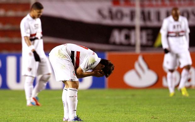 Osvaldo derrota São Paulo The Strongest (Foto: AP)