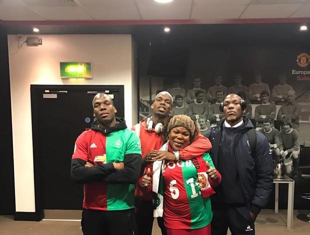 """BLOG: Com """"camisas divididas"""", família Pogba se reúne após duelo entre irmãos"""