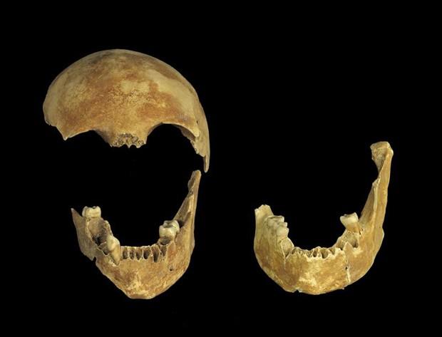 Arqueólogos encontram poço com esqueletos de 8 mil anos em Israel (Foto: EFE/Clara Amit)