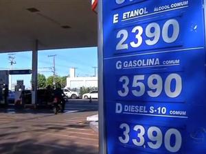 Em Tangará da Serra, os consumidores estão sentindo o preço dos combustíveis pesar no bolso (Foto: Reprodução/TVCA)