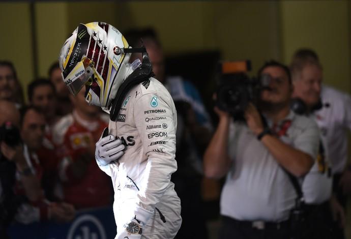Lewis Hamilton após GP de Abu Dhabi (Foto: AFP)