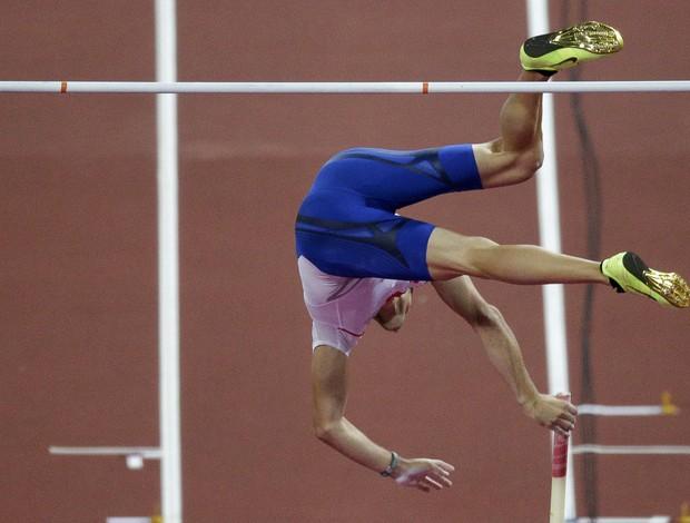 Salto com vara masculino (Foto: Reuters)