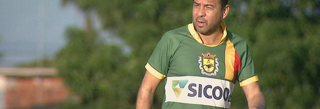 Artur Oliveira assume comando técnico  para disputa do Brasileiro da Série D