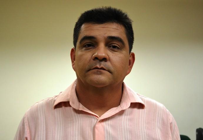 Fernando Dourado quer a classificação antecipada com o América-SE (Foto: Felipe Martins/GLOBOESPORTE.COM)