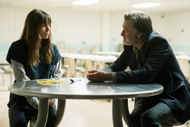 "THE SINNER -- ""Part III"" Episode 103 -- Pictured: (l-r) Jessica Biel as Cora Tannetti, Bill Pullman as Detective Harry Ambrose -- (Photo by: Peter Kramer/USA Network) (Foto: Peter Kramer/USA Network)"