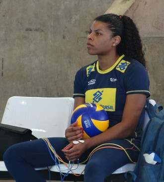 Fernanda Garay, jogadora da seleção feminina de vôlei (Foto: Leonardo Freire/GloboEsporte.com)