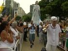Fieis saem em carreata no Rio para homenagear Iemanjá