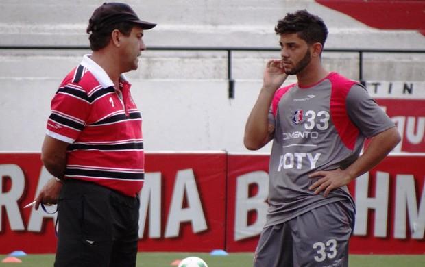 Zé Teodoro e Victor Hugo (Foto: Pedro Costa/ GLOBOESPORTE.COM)