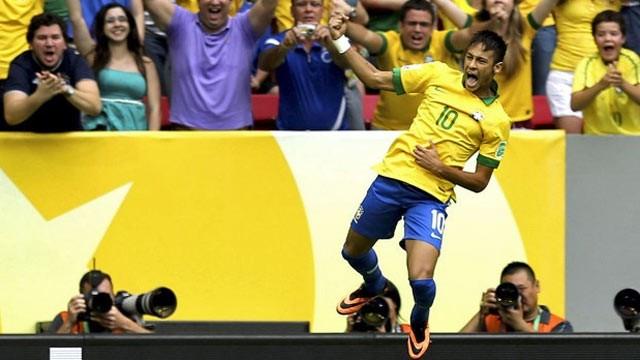 Seleção enfrenta a Coreia do Sul em um dos últimos amistosos do Brasil antes da Copa do Mundo de 2014 (Foto: EFE)