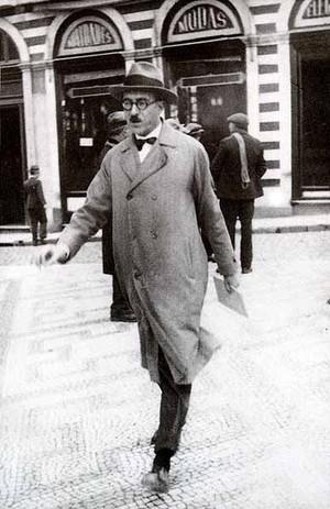 Fernando Pessoa, poeta português (Foto: Reprodução)
