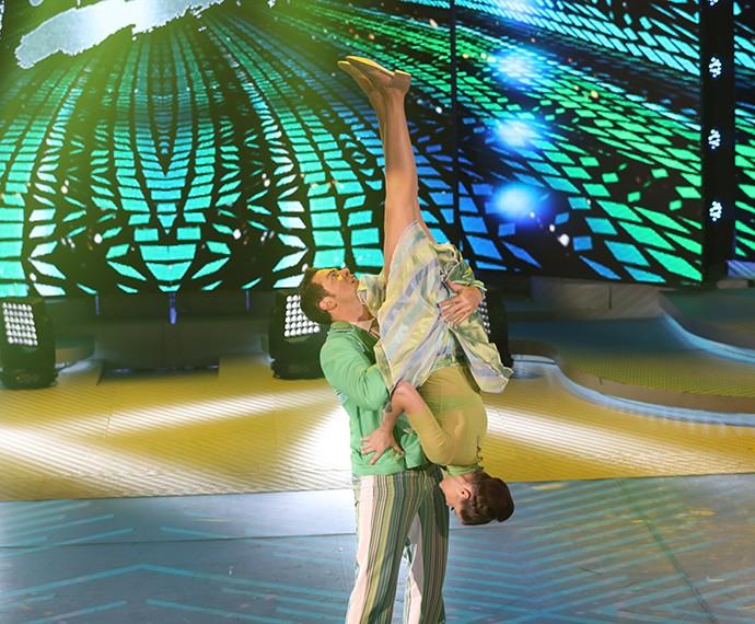 Coreografia ousada deixou a plateia animada (Foto: Carol Caminha/ Gshow)