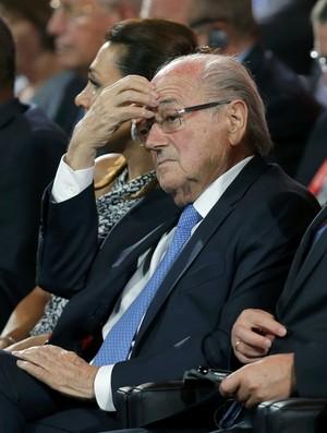 Blatter sorteio eliminatórias (Foto: AP)
