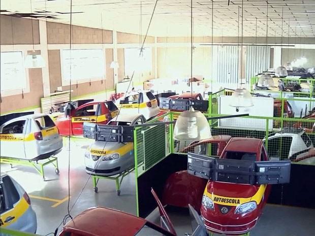 Fábrica de Pouso Alegre já busca expansão (Foto: Edson Silva/ EPTV)