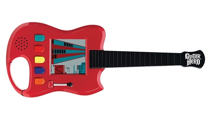 Carabiner trazia um minigame de Guitar Hero que cabia na palma da mão (Foto: Reprodução/Ramblings from the Marginalized)