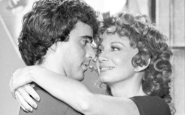 Andr Cajarana (Tony Ramos) com Ana Preta (Glria Menezes)  (Foto: CEDOC/ TV Globo)
