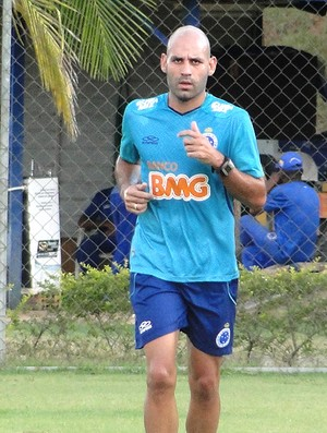Bruno Rodrigo treino Cruzerio (Foto: Tarciso Badaró)