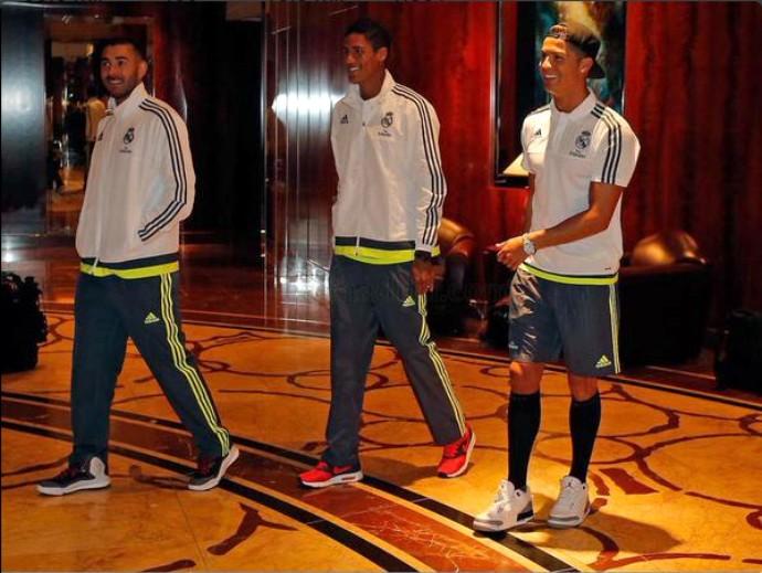 Cristiano Ronaldo Benzema Varane Real Madrid (Foto: Reprodução / Site Oficial)