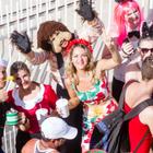 Carnaval de rua reúne multidão em Laguna (Laguna Infoco/Divulgação)