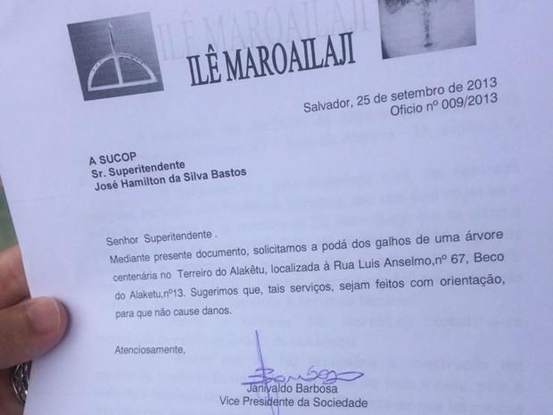 Solicitação de poda feita pelo terreiro à Sucop (Foto: Juliana Almirante / G1)