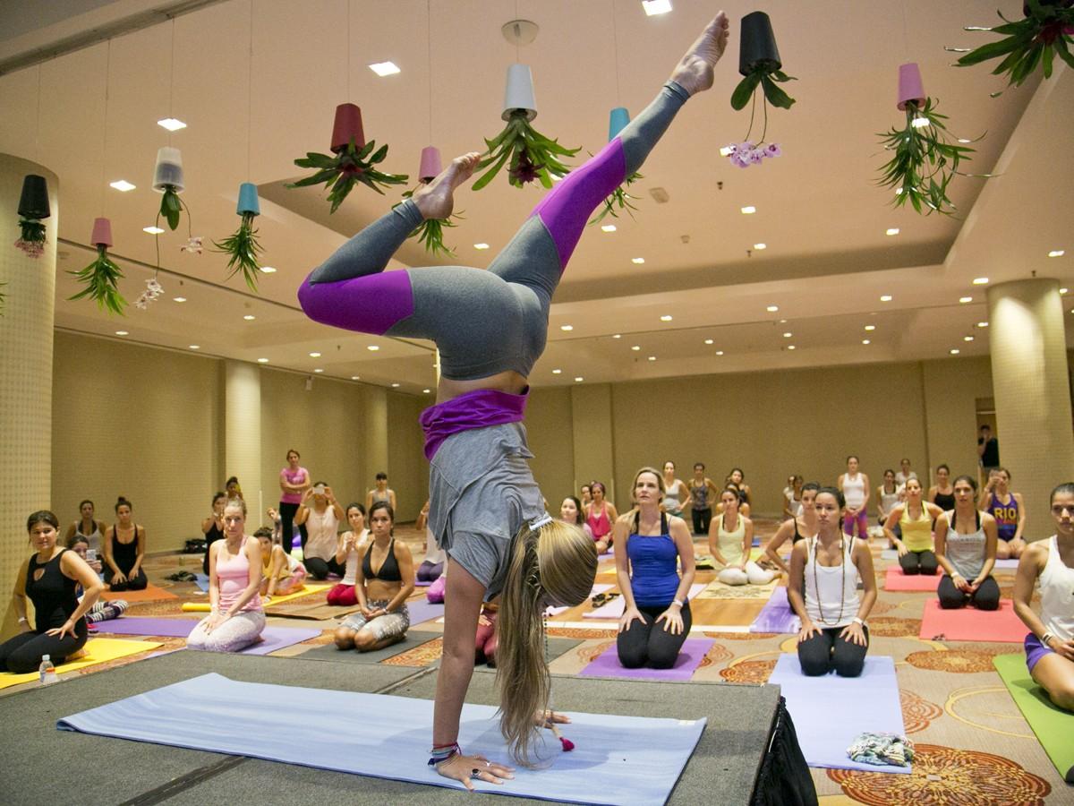 Rachel veio ao Brasil para workshops de ioga no Rio de Janeiro e São Paulo (Foto: Divulgação)