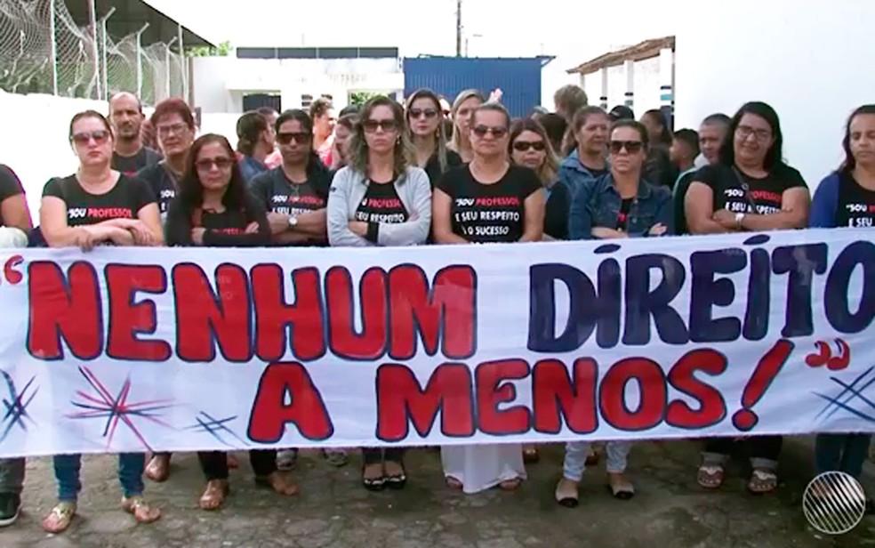 Professores de Itagimirim fazem acordo com prefeitura e encerram greve (Foto: Reprodução/TV Santa Cruz)
