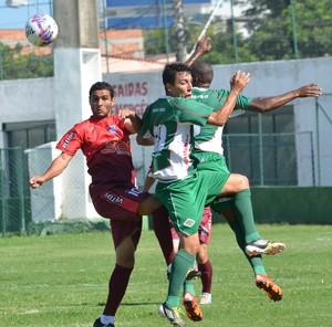 jorge luiz, jogo-treino cabofriense x friburguense (Foto: Andreia Maciel / Cabofriense)