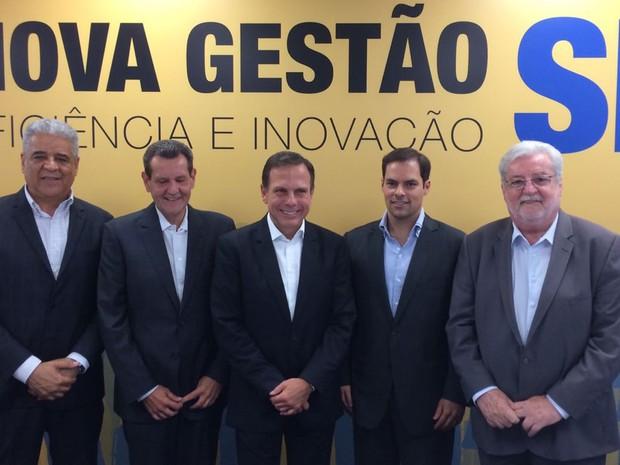 Doria com os quatro secretários anunciados nesta quinta (Foto: Will Soares)
