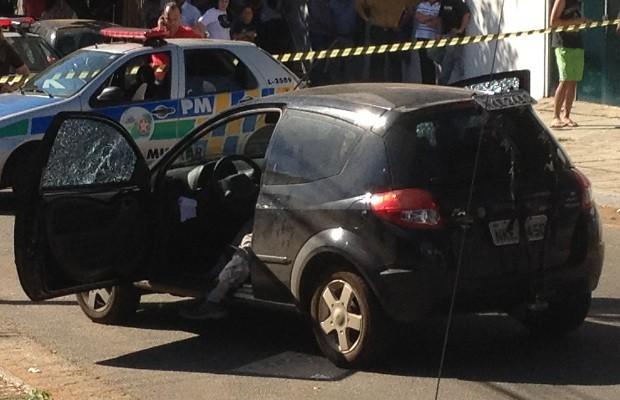 Comentarista esportivo é morto a tiros na porta de rádio, em Goiânia (Foto: Adriano Zago/G1)