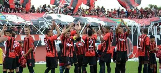 Time do Atlético-PR no Atletiba (Foto: Site oficial de Atlético-PR/Gustavo Oliveira)