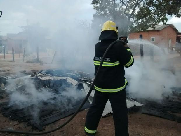 Registro foi feito no setor Maracanã, em Araguaína (Foto: Corpo de Bombeiros/Divulgação)